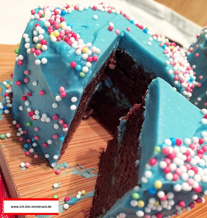 Schokoladenkuchen glutenfrei mit Frosting